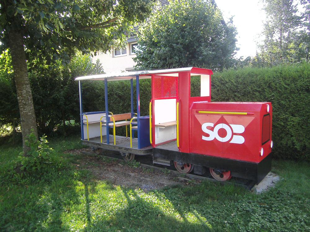 Lokomotive-Spielplatz-nachher